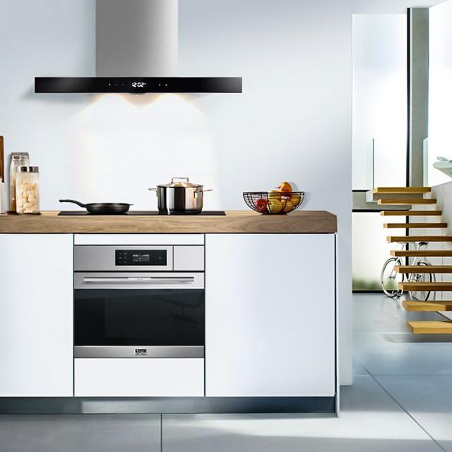 用電器為廚房騰空間,讓小廚房空間變大