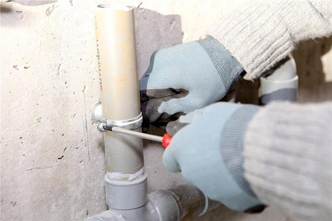 如何正确安装排水管,安装时要注意哪些问题?