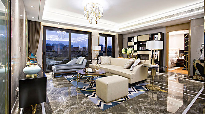 地板和家具的色彩不搭,看完變大師!