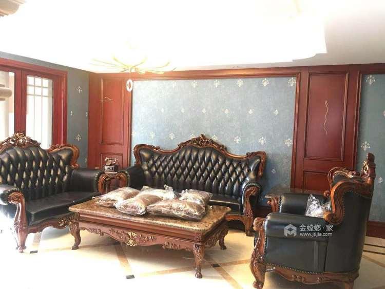 庄重典雅美式-客厅效果图及设计说明