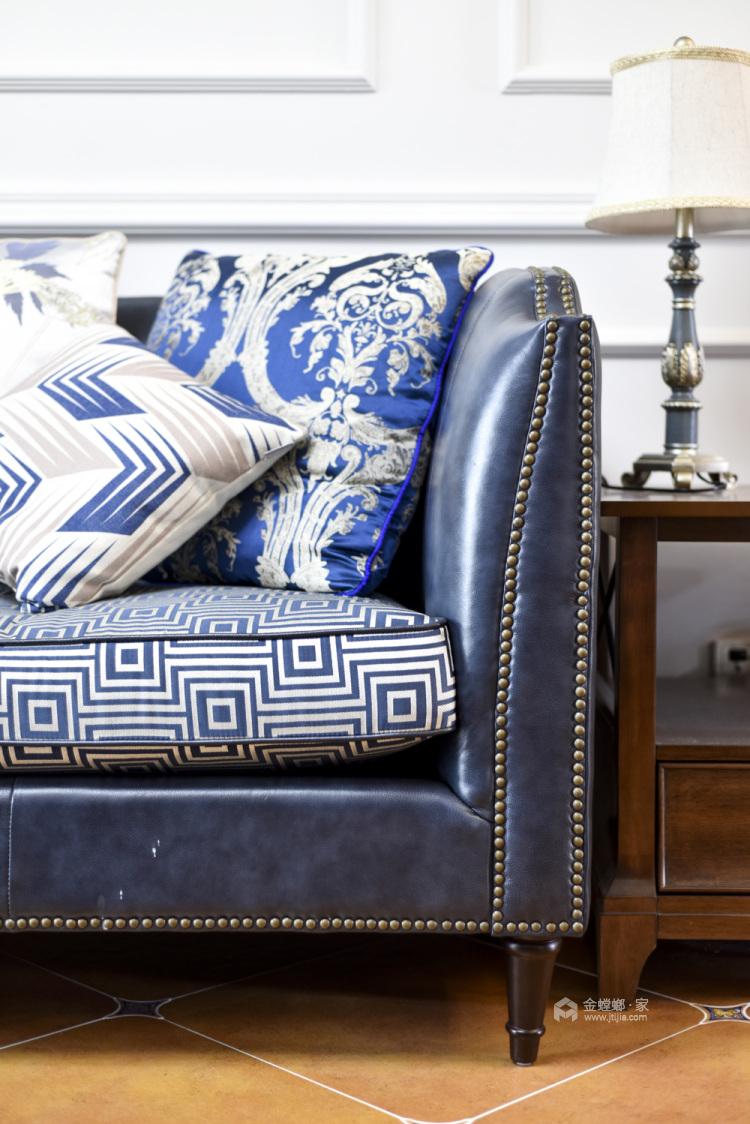 美式轻奢,将高级质感进行到底-客厅效果图及设计说明