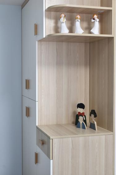 120平3室现代儿童房
