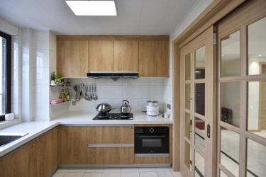 120平3室现代厨房