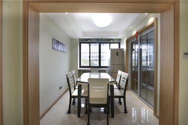 现代风,怎么搭都很美!-尚尊佳苑小区120平米3室现代装修案例