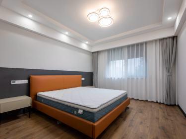 120平沁香园现代风格-温暖都市下的筑爱空间-沁香园小区120平米3室现代装修案例